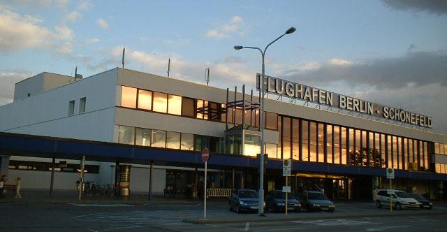 Lotnisko Berlin Sch 246 Nefeld Mapa Dojazd Parking Adres